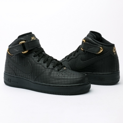 nike air force 1 negras y doradas
