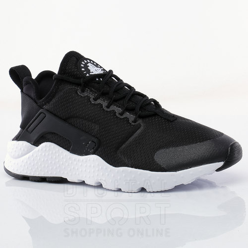 online store 79bb4 b084e OFERTA. ZAPATILLAS W AIR HUARACHE RUN ULTRA